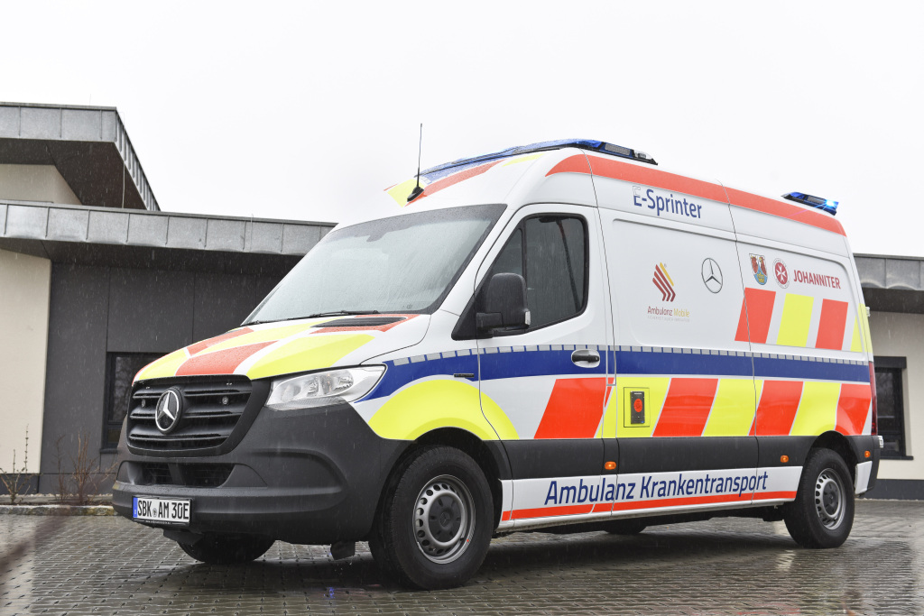 Der erste vollelektrische Krankentransportwagen (eKTW) auf Basis des eSprinter